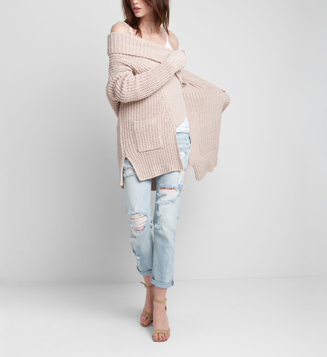 Pacie Sweater Side
