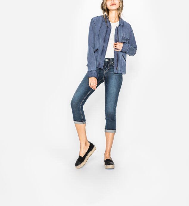 Suki Capri Dark Wash