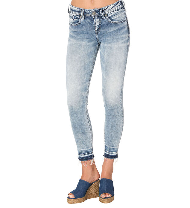 Avery  Ankle Skinny Light Wash