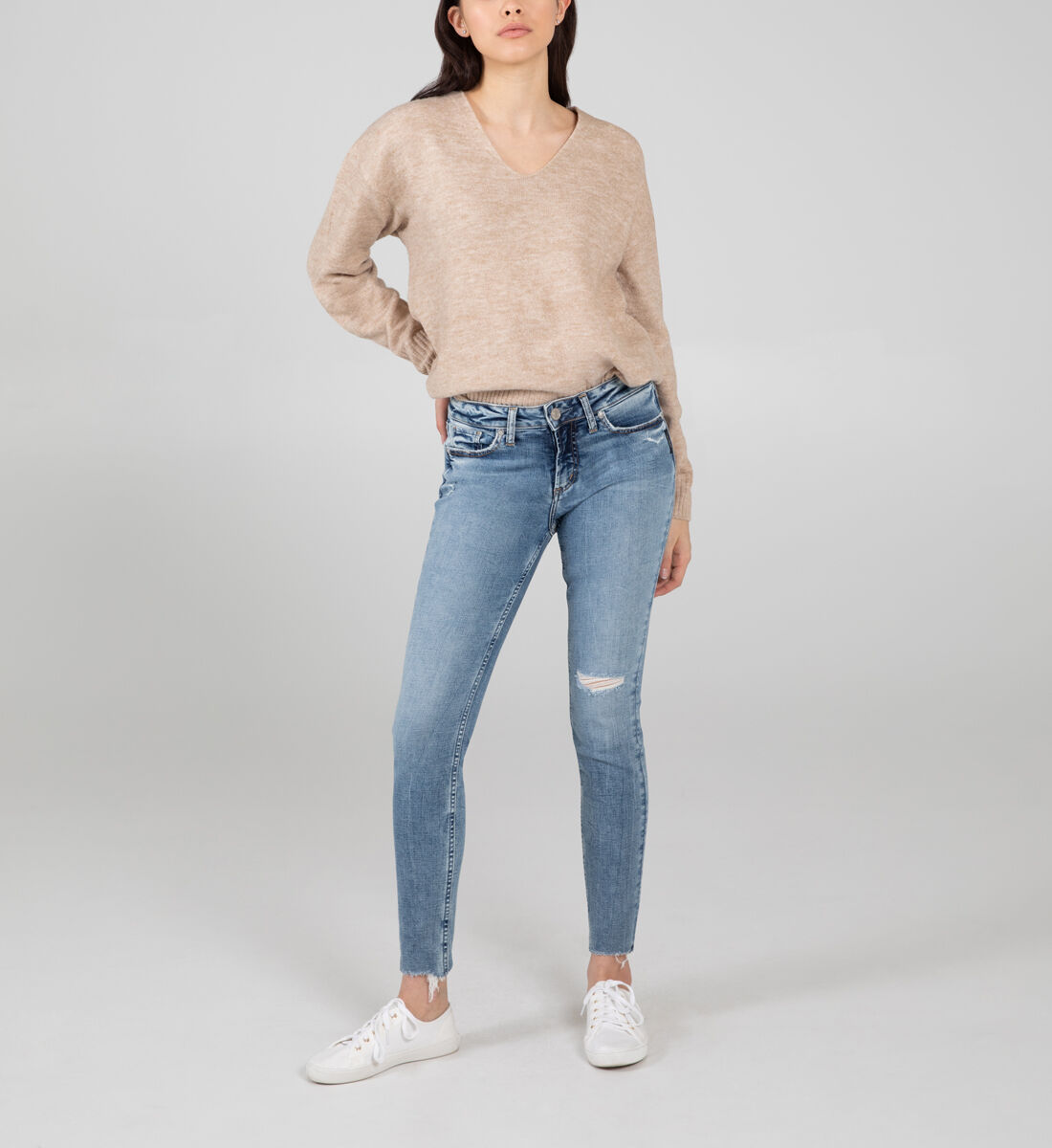 Suki Mid Rise Skinny Jeans Front