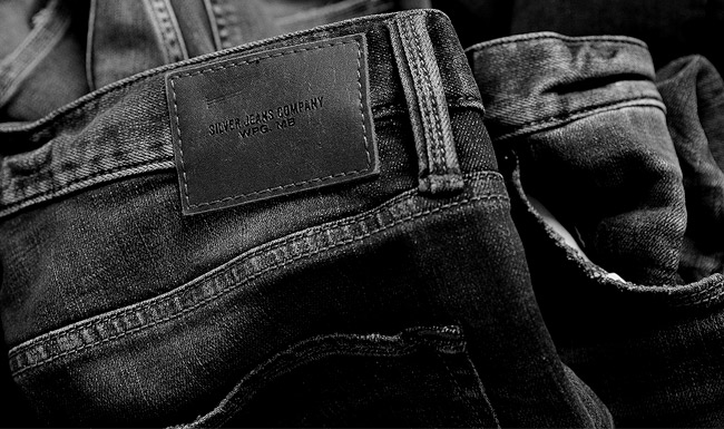 Silver Jeans Co. - Headliners - Icons Image