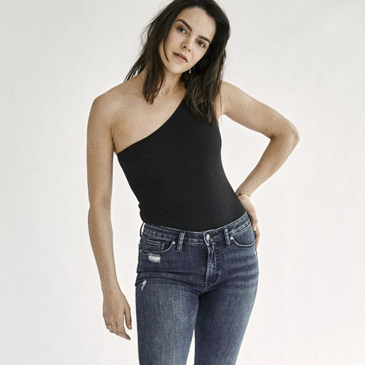 Image of Female wearing Silver Jeans Co. Womens styles