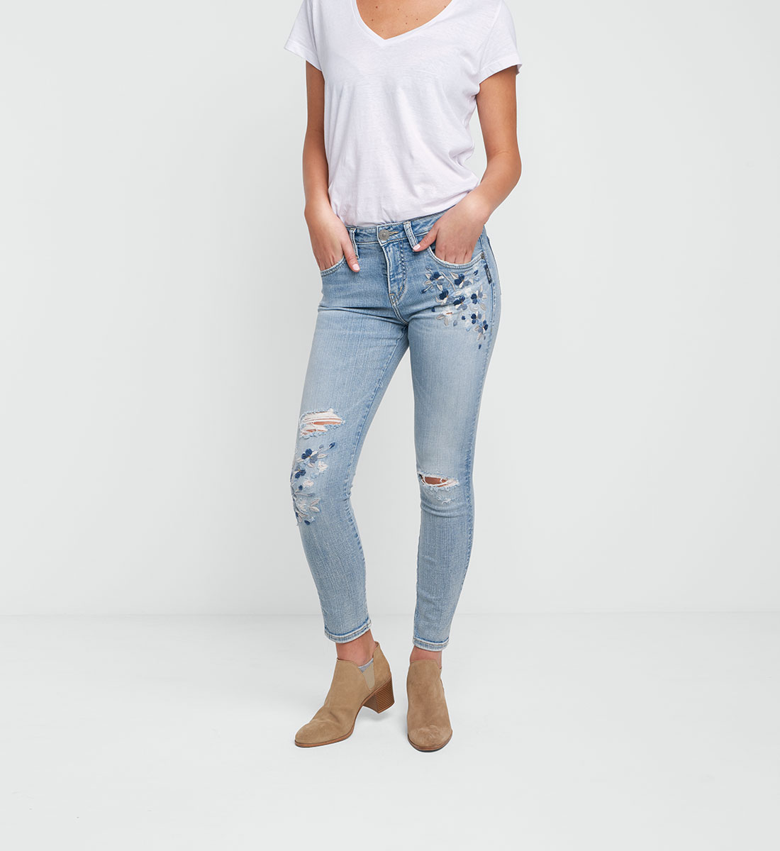 Izzy Embroidered Ankle Skinny Light Wash, , hi-res