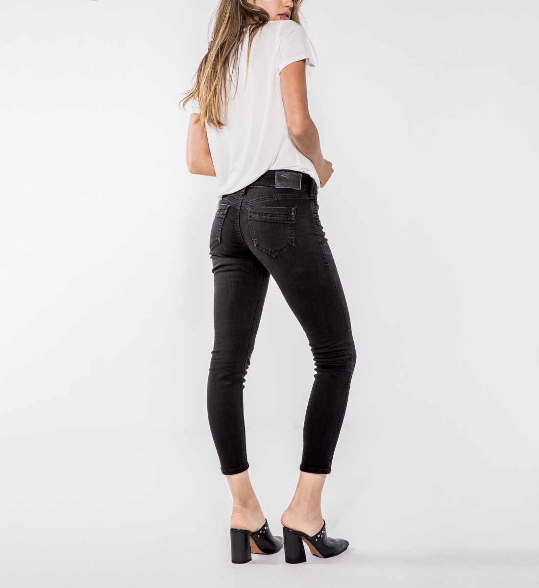 Suki Mid Rise Ankle Skinny Jeans, , hi-res