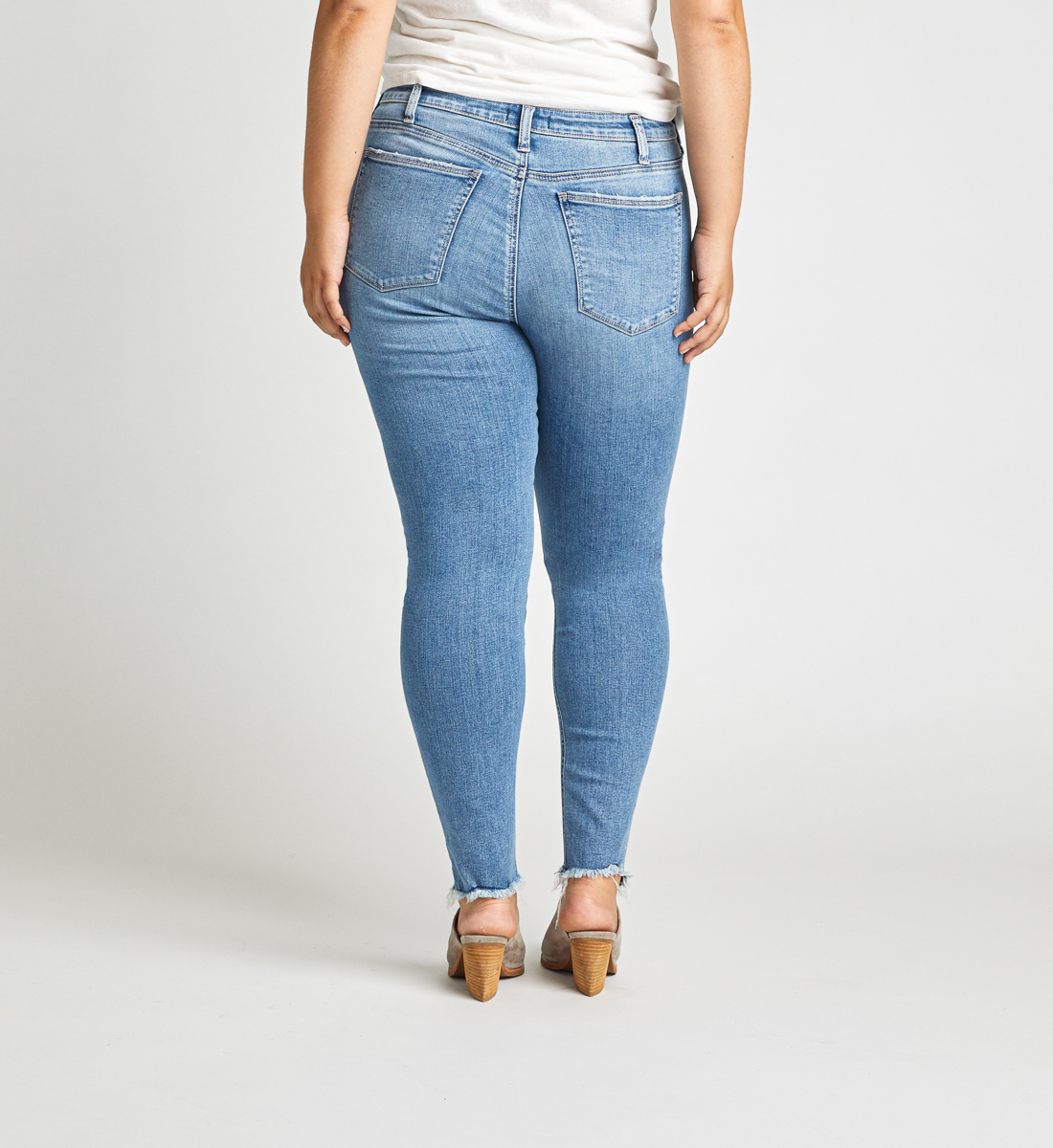High Note High Rise Skinny Jeans Plus Size Side