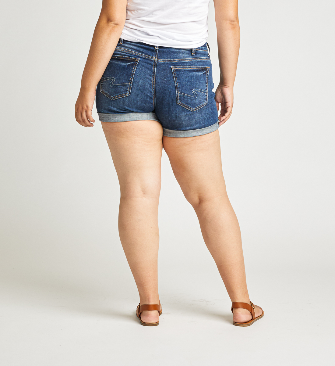 Boyfriend Mid Rise Short Plus Size Back