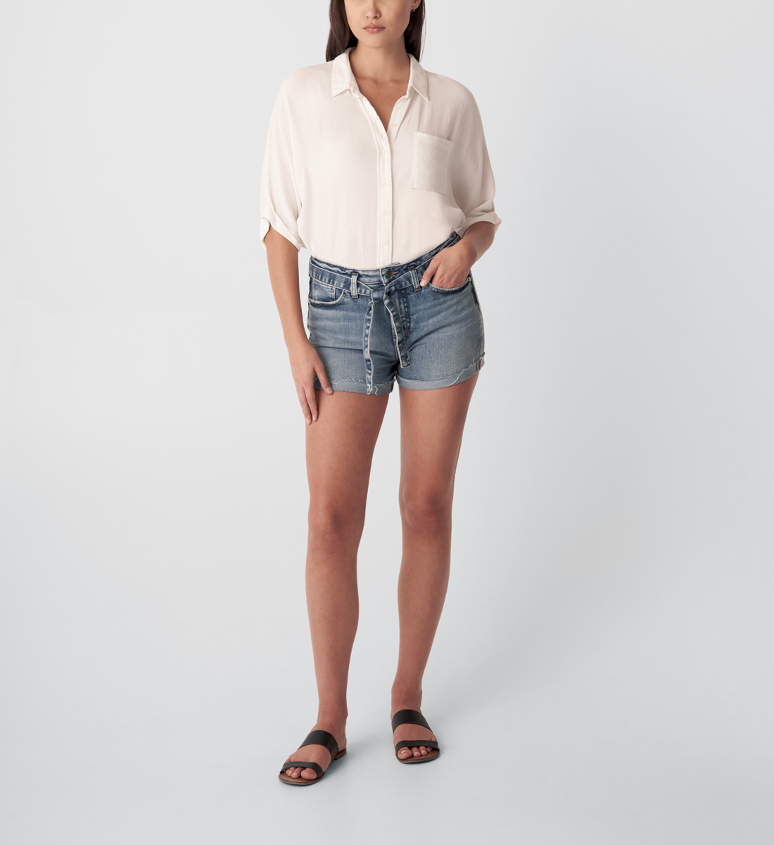 Silver Jeans Sure Thing High Rise Short