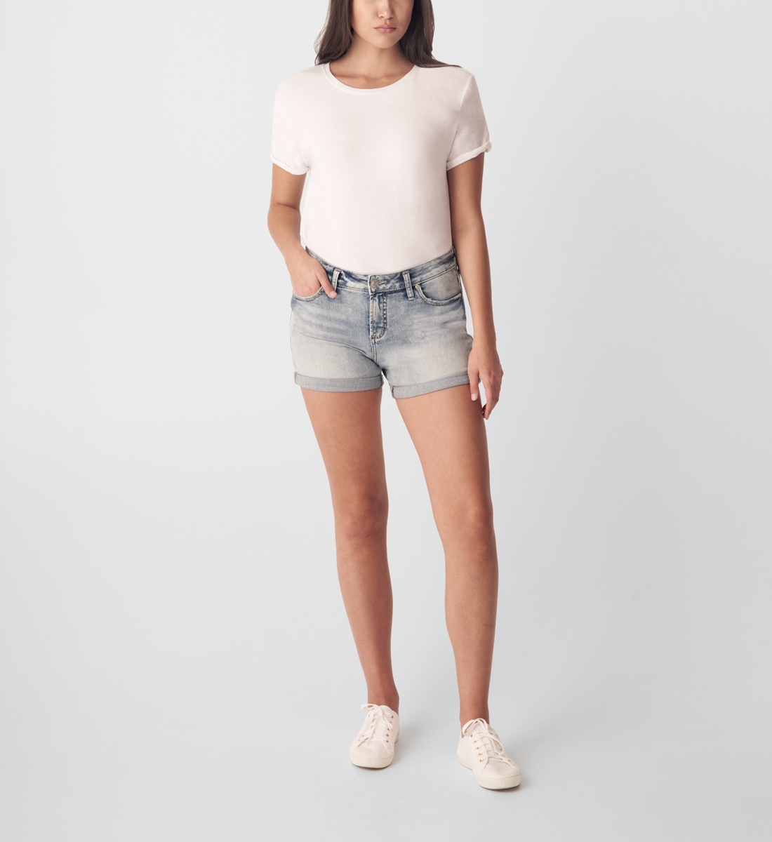 Silver Jeans Elyse Mid Rise Short