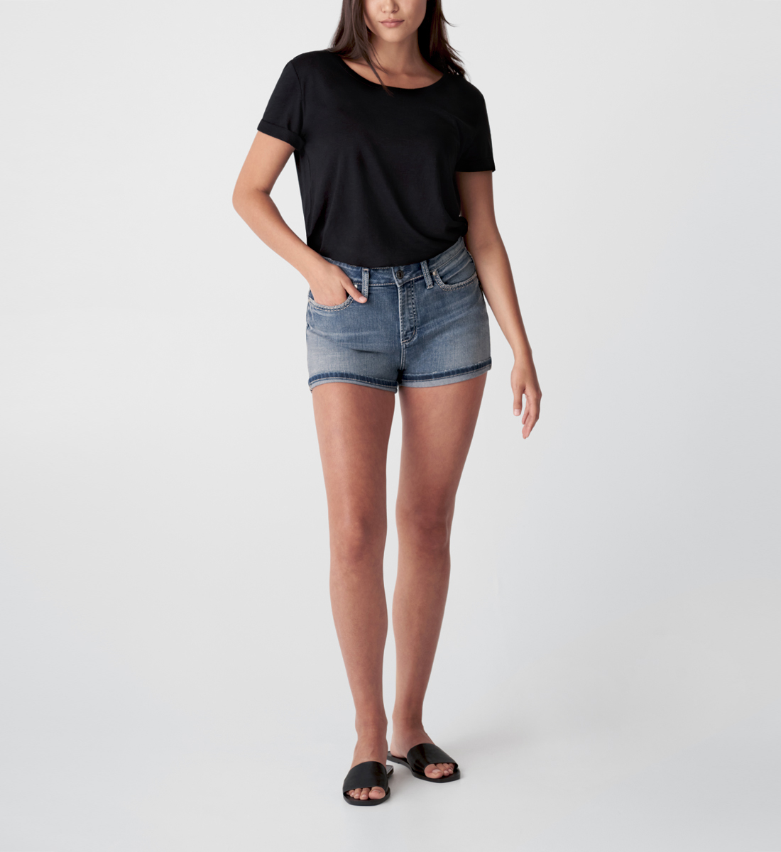 Silver Jeans Avery High Rise Short