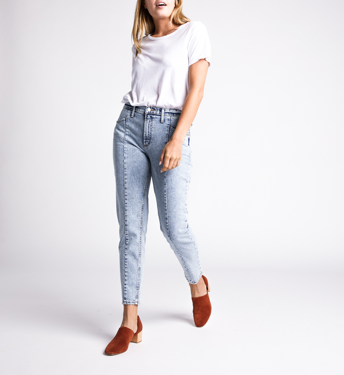 Silver Jeans Frisco Tapered High Rise Tapered Leg Jeans