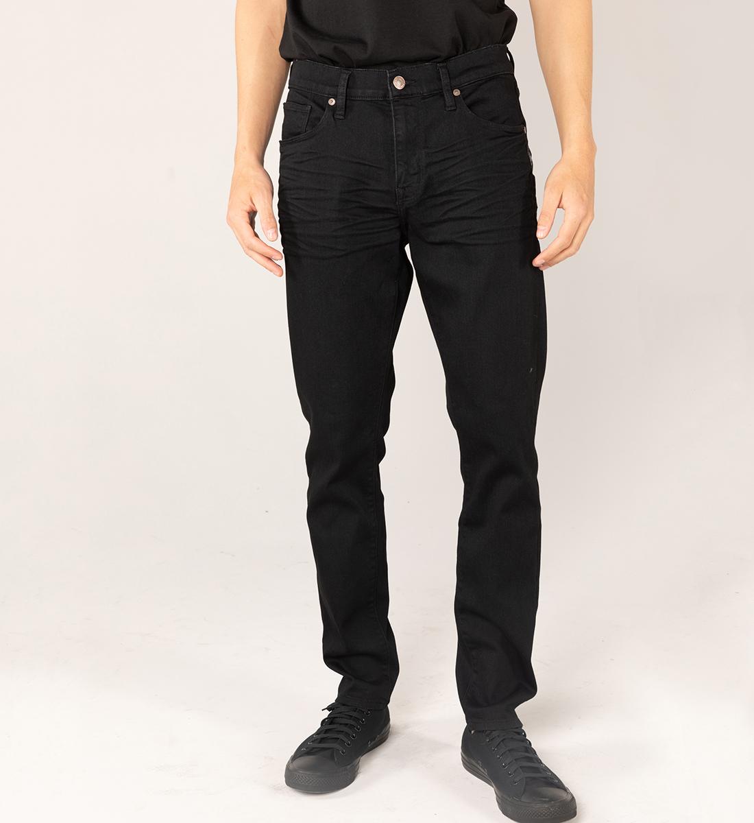 Silver Jeans Kenaston Eco-Friendly Slim Fit Slim Leg Jeans